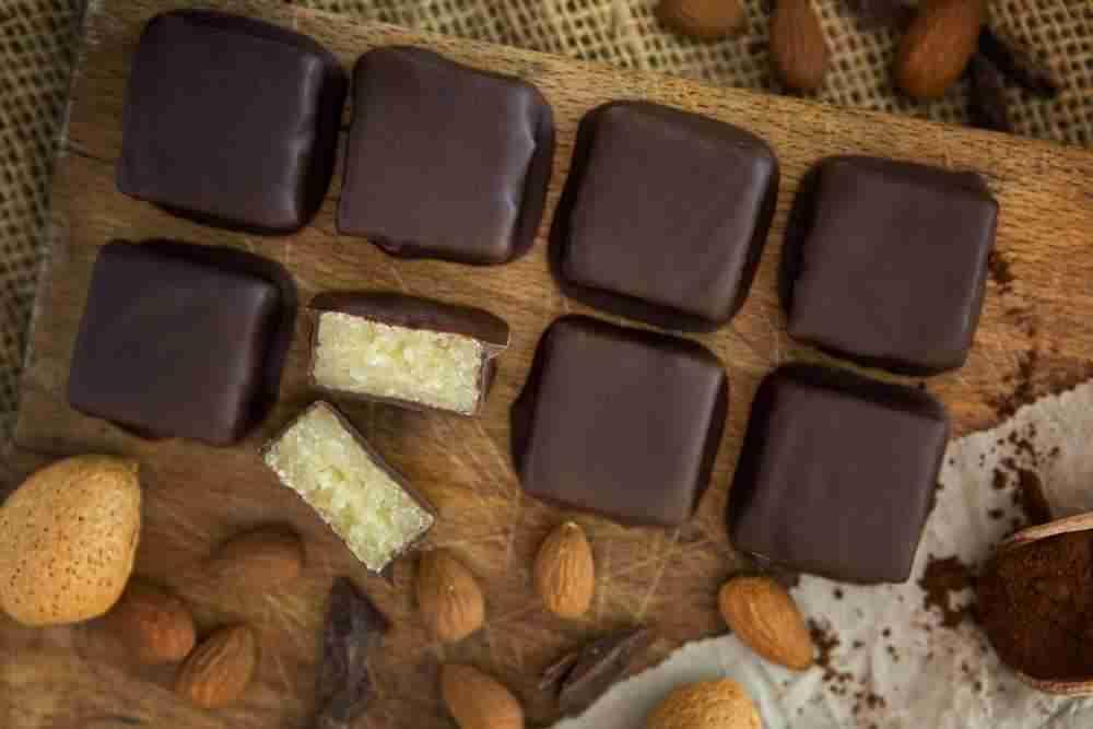 8er Konfektwürfel mit Zartbitterschokolade