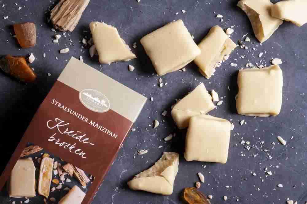 Kreidebrocken mit weißer Schokolade