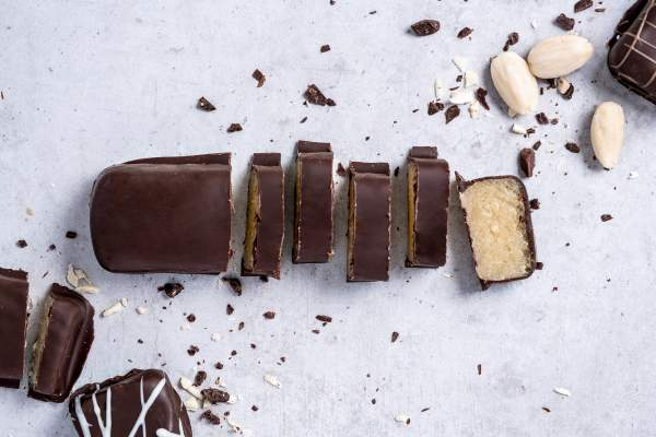 Stralsunder Marzipanbrot in Zartbitterschokolade