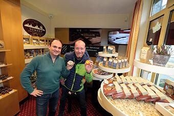 Ingo & Alex im Marzipanhaus Stralsund