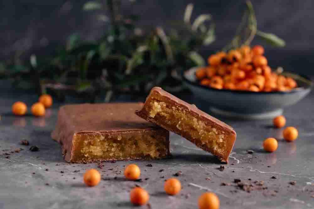 Sanddorn Orangen Marzipantafel mit Zartbitterschokolade